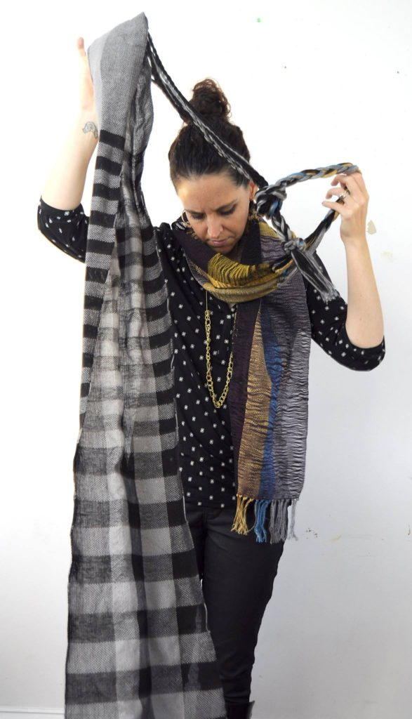 amber kane how to wear two scarves at once